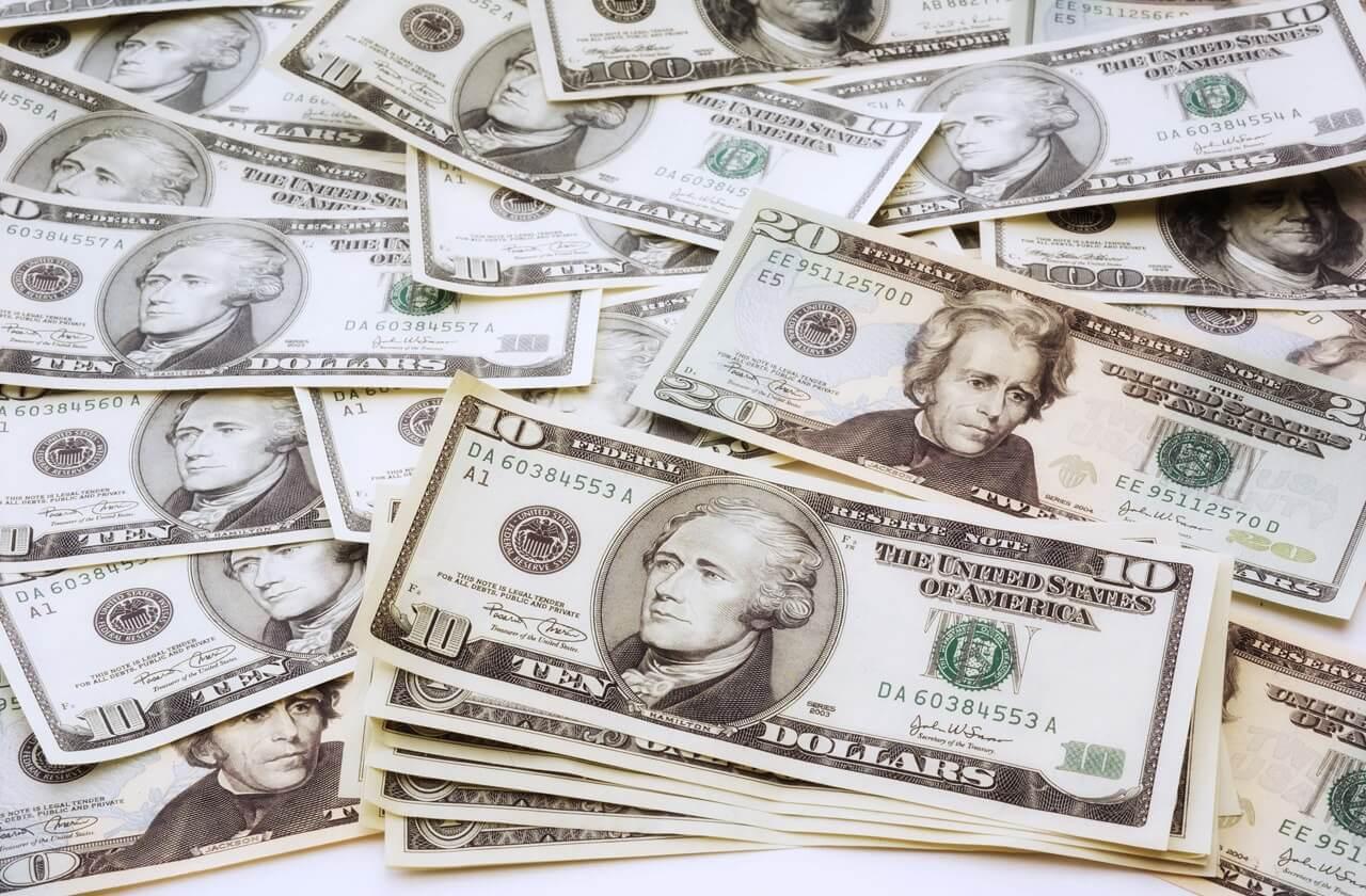 Как заработать в Интернете 100 долларов в день без вложений