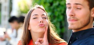 Как общаться с парнем который тебе отказал